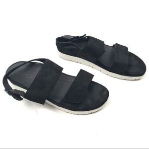7.5 8 Maureen Double Banded Quarter Strap Shoe